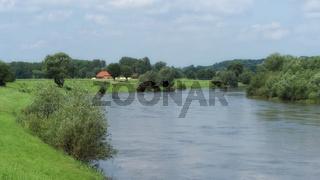 Rinteln - Die Weser nahe der Altstadt, Deutschland