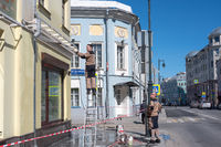 Facade cleaning after winter