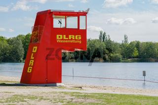 DLRG Wasserrettung am Badesee