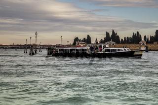 Boat transport around the city