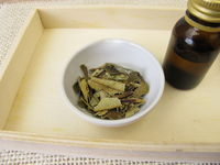 Neem leaves and neem tincture
