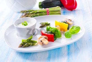 vegetable shashlik vegetarian with yogurt garlic sauce.