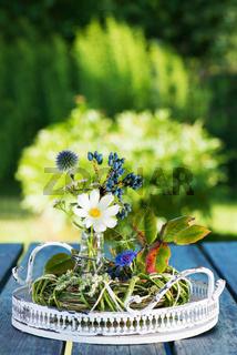 Wildblumensträußchen