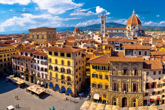 Florence square and cathedral di Santa Maria del Fiore or Duomo view