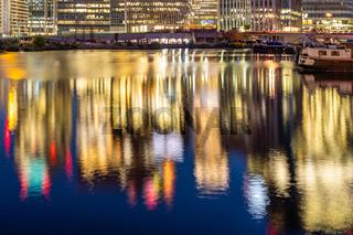 London Canary Wharf sunset