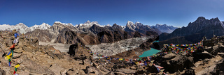 Ausblick vom Berg Gokyo Ri Richtung Everest Mount in Nepal