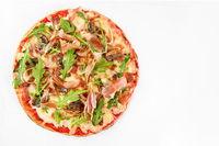 Pizza prosciutto crudo on white