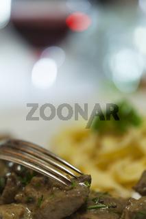Züricher Geschnetzeltes mit Spätzle Nudeln