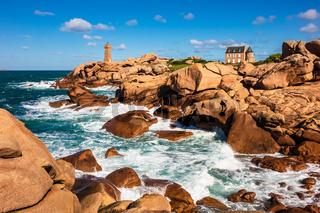 Atlantikküste in der Bretagne bei Ploumanach