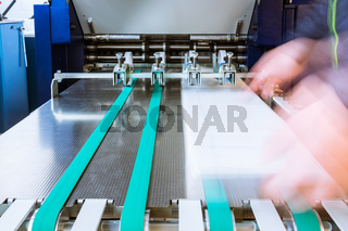 Paper Folding Machine Rollers Conveyor Belt Output Feed Printing Industry Press Production Working Blur
