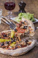 Pizza auf Holz