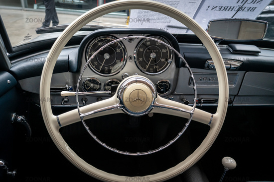 Interior of sports cars Mercedes-Benz 190SL, 1955.