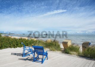 Strand und Seepromenade im Ostseebad Kellenhusen,Schleswig-Holstein,Deutschland