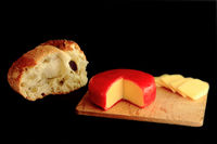 Gouda Cheese and Country bread