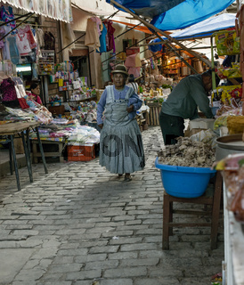 October 13, 2012 - Sud Yungas, Bolivia: Indigenous Woman Walking At The Market In Chulumani