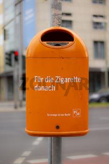 Öffentlicher Mülleimer der Berliner Stadtreinigung