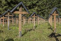 Soldatenfriedhof - Mahnung und Erinnerung zugleich