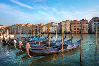 Gondolas and architecture