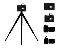 Verschiedene Kameras und Stativ - Various photo cameras and tripod