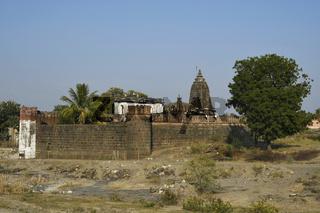 Vitthal temple and its surrounding fortification wall, Palashi, Parner, Ahmednagar