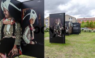 Freilauftausstellung 'Hommage to Humanity' beim Umweltfotofestival Horizonte in Zingst