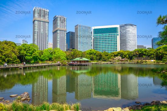 Photo Shiodome buildings in Hamarikyu Gardens Image #12204417