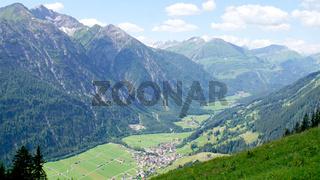 Blick in das Lechtal in Tirol
