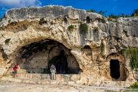 Kalksteinfelsen von Syrakus in Sizilien, Italien