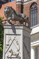 lion sculpture, market place, Schwerin, Mecklenburg-Western Pomerania, Germany, Europe