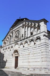 Dom von Carrara