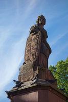 Friedrichsbrunnen with statue Ville de Ribeauvillé