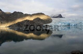 Abedlicht am Ilordlersuaq Gletscher, West-Grönland