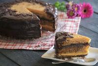 Caramel and chocolate Brazilian cake