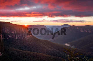 Govetts Leap Lookout views of Grose Valley