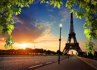 Beautiful sunrise in Paris