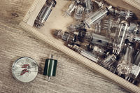 Electronic vacuum tubes in the wooden box