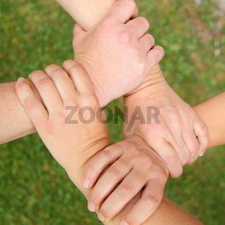 verbunden mit Händen