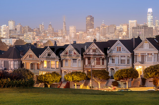 Dusk/ over the Painted Ladies of San Francisco.