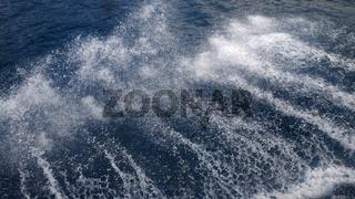 Wasserski, Spritzwasser