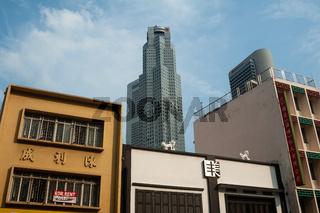 Singapur, Republik Singapur, Alte Gebaeude und moderne Wolkenkratzer