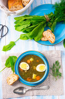 Sorrel soup with potatoes and egg