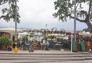 Restaurant tracks and boats Puerto Soller Mallorca
