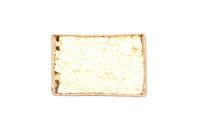 Süßlupinenmehl in Karton auf weißem Hintergrund - Lupin flour in carton on white background