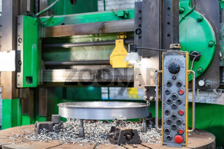 Old milling machine with remote control