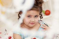Image of elegant brown-eyed girl posing at camera