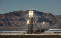 Solar heliostat concentrating the sun's rays to produce electricity in nevada