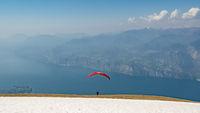 Monte-Baldo | Start with the paraglider on Lake Garda