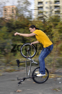 Monika Hinz, BMX Flatland Fahrerin, Hitchhiker