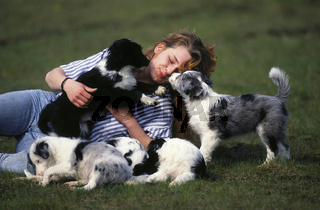 Woman and Mixed Breed Dogs / Frau und Mischlingshunde