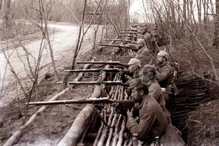 Soldaten im Schützengraben
